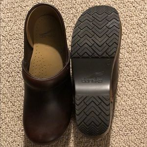 Women's Dansko Brown Leather Clog 40 EU 9.5-10 US